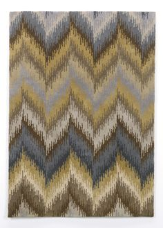 The 'Caprice' 100% wool rug is another option for matching the 'Tripton' collection