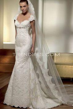 Wedding dresses petite