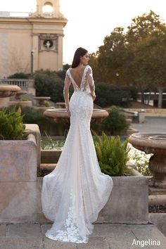 Form Fitting Wedding Dress, Mermaid Wedding Dress With Sleeves, Fit And Flare Wedding Dress, Elegant Wedding Dress, Mermaid Dresses, Dream Wedding Dresses, Bridal Dresses, Trumpet Wedding Dresses, Mermaid Bridal Gowns