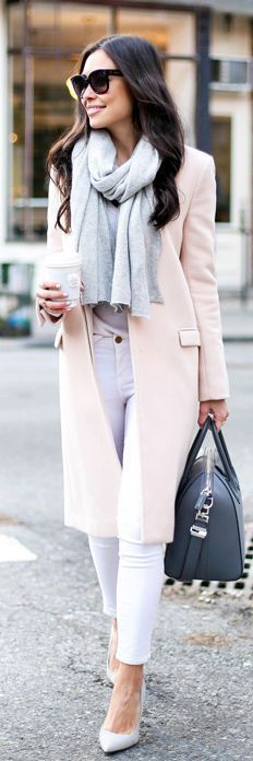 Simple and cozy women winter fashion outfits pastel pink + gray