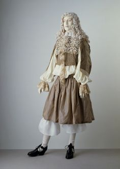 Man's Ensemble 1660. . ..man's outfit?  Heck, I'd wear this myself. . like NOW. . . .looks a bit on the feminine side to be a guy's outfit. . .got a nice pair of high lace boots that would go great with this