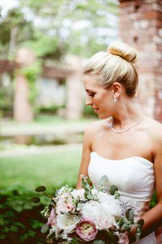 Classic bridal topknot: http://www.stylemepretty.com/california-weddings/santa-barbara/2016/02/05/santa-barbara-wedding-with-an-understated-elegance/ | Photography: Whitney Darling - http://whitneydarling.com/