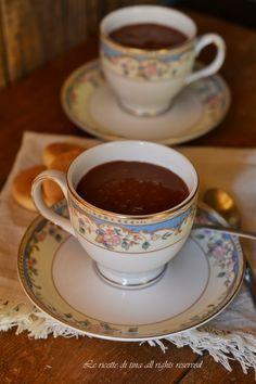 Cioccolata calda bimby600 grammi di latte 70 grammi di zucchero 50 grammi cacao dolce 20 grammi amido di mais o fecola di patate