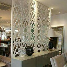 Panel pattern and material to slightly separate the dining and living areas Living Room Partition, Room Partition Designs, Living Room Divider, Partition Walls, Ceiling Design, Wall Design, House Design, Room Decor, Interior Design
