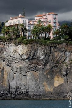Reid's Palace hotel on the cliffs - Madeira Island Portugal Funchal, Spain And Portugal, Portugal Travel, Places To Travel, Places To See, Wonderful Places, Beautiful Places, Travel Around The World, Around The Worlds