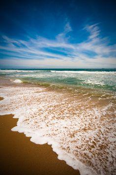 huntington beach--  LOVE THIS BEACH! * Where I got plenty of sunburns as a teenager. :)