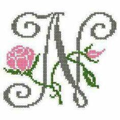design-Cross Stitch-Abc Rose anglaise-W Cross Stitching, Cross Stitch Embroidery, Embroidery Patterns, Stitch Patterns, Cross Stitch Letters, Cross Stitch Heart, Letter W, Monogram Alphabet, Letter Patterns
