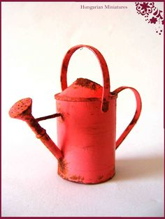 Old watering can - Hungarian Miniatures