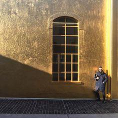 A Golden year has just begun! #fondazioneprada #remkoolhaas #Milan https://www.instagram.com/p/BAo6DViMbLh/
