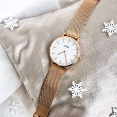How do you celebrate Christmas in your country? ❄️ Check out our Snapchat story (clusewatches) to see what our team has to say about Christmas traditions across different countries  #CLUSE #holidaymood