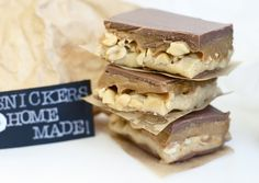 Gaston Le Gourmet: Homemade Snickers!