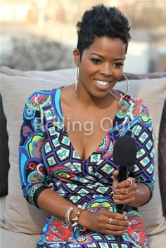 Malinda Williams pixie cut! N that dress is gorgeous like her!