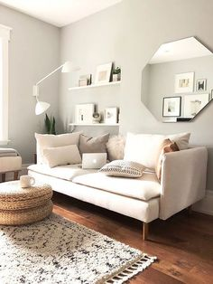 48 Coolest IKEA Living Room Hacks 48 Coolest IKEA Living Room Hacks :: an IKEA Soderhamn makeover with new covers for a contemporary living room Living Room Hacks, Small Living Rooms, Home And Living, Living Room Designs, Cozy Living, Modern Living, Small Apartment Living, Bedroom Small, Diy Bedroom