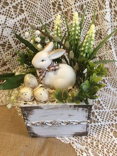 √ 46 Easter Decorating Ideas For Your Home Easter Flower Arrangements, Easter Flowers, Floral Arrangements, Easter Table Decorations, Easter Centerpiece, Centerpiece Ideas, Easter Projects, Easter Crafts, Easter Ideas