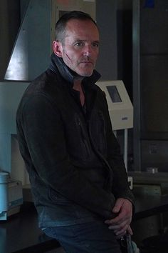 Photos - Agents of SHIELD - Season 5 - Promotional Episode Photos - Episode - All the Comforts of Home - Phil Coulson, Man Movies, Comic Movies, Agents Of S.h.i.e.l.d, African American Models, Black Widow Winter Soldier, Clark Gregg, Fiction Film, Marvels Agents Of Shield