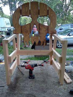 Weekend project s Log Furniture Tools, Woodworking Outdoor Furniture, Diy Pallet Furniture, Diy Furniture Projects, Woodworking Projects, Woodworking Patterns, Wood Shop Projects, Cool Art Projects, Diy Möbelprojekte