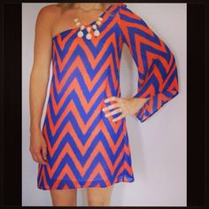 Go Gators! UF Gator girls, be ready for game day in style!  Order online www.classicchicboutique.net