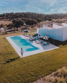 "Gefällt 551 Mal, 6 Kommentare - Best Portugal Hotels (@bestportugalhotels_) auf Instagram: ""Who: @herdade_ribeira_de_borba • What: Charm House • Where: Évora, Portugal • How: from 90€/night…"" Hotels Portugal, Night, Outdoor Decor, House, Instagram, Homestead, Home, Homes, Houses"