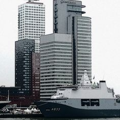 "@mradboud's photo: ""Voorland van Hilke # marine #wereldhavendagen # Rotterdam"""