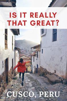 How long to stay in Cusco and why to even visit this city during your travels through Peru and South America. Jak dlouho zůstat v Cusco, Peru a proč toto město vůbec navštívit při vašem cestování po Peru. #SouthAmericaTravelPosts