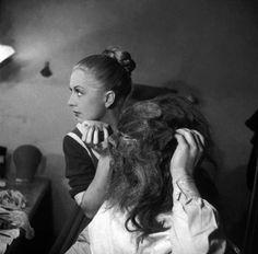 Josette Day & Jean Marais behind the scenes of La Belle et La Bete (1946)