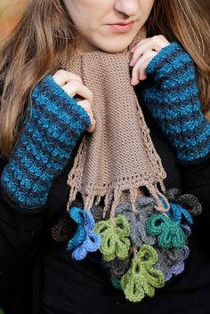 Ravelry: Fingerless Cable mittens pattern by joanna clark - knit with Blue Sky Alpacas Sport Weight Blue Sky Alpacas Melange