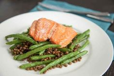 Simple Roasted Salmon With Green Beans and Lentils