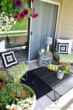 Patio Before and After for under $250!! Perfect Patio Makeover for small spaces. #BHGRefresh -- Tatertots and Jello