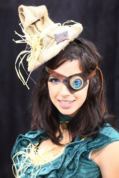 REFERENCE: for steampunk Costumes & Staging !! - MIGHT be helpful at some point in time!  ~~~~~~~~~~~~    Homemade Steampunk Wizard of Oz Scarecrow 2014 Phoenix Comicon (PCC)