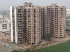 Construction in Full Swing #MotiazRoyalCiti #3BHKFlatsinzirakpur #House #Home #Highway #AmbalaChandigarh