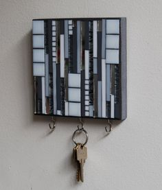 Mosaic hooks in white grey and mirror for keys or by GradaMosaics (No instructions, link to Etsy)