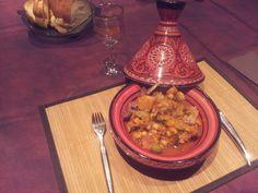 navarin d'agneau, oignon, carotte, courgette, patate douce, tomate concassée, olive verte, pois chiche, Ras el Hanout, huile d'olive...
