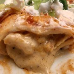 Easy White Country Gravy is made with 5 ingredients! A gravy that is smooth, creamy, full of rich flavor and easy to make in minutes! Sour Cream Enchiladas, Chicken Enchiladas, Chicken Gravy, Cream Of Chicken Soup, Homemade Sausage Gravy, Enchilada Ingredients, Creamy Dill Sauce, Breaded Pork Chops, Green Enchilada Sauce