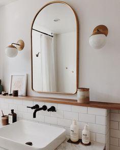 65 Smart Small Bathroom Storage Organization and Tips Ideas – Insidexterior – Home Diy Organizations Bad Inspiration, Home Decor Inspiration, Small Bathroom Inspiration, Decor Ideas, Home Interior, Bathroom Interior, Simple Interior, Interior Livingroom, Bohemian Interior