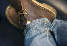 Clarks Desert Boots- I own them; Clarks Desert Boot, Desert Boots, Look Fashion, Fashion Shoes, Mens Fashion, Sharp Dressed Man, Well Dressed Men, Clarks Originals, Man Fashion