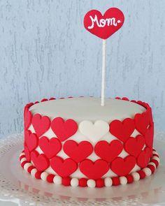 Feliz dia das mães! Valentines Baking, Valentine Cake, My Dream Cake, Love Cake, Fondant Cakes, Cupcake Cakes, Hello Kitty Fondant, Birhday Cake, Heart Cakes