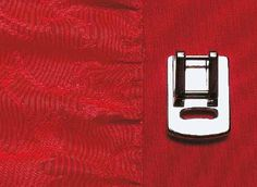 Piedino per arricciare e unire due tessuti contemporaneamente. Electronics, Phone, Telephone, Mobile Phones, Consumer Electronics