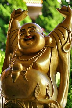 Top 10 Misconceptions about Buddhism - Great little article that clears up all the craziness about religion, god, vegetarianism, that fat buddha statue, etc.