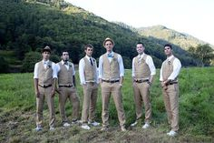 matching groom and groomsmen outfits Mismatched Groomsmen, Groomsmen Vest, Groomsmen Outfits, Bridesmaids And Groomsmen, Vintage Groomsmen, Country Groomsmen, Casual Groomsmen, Wedding Bridesmaids, Grey Suit Wedding