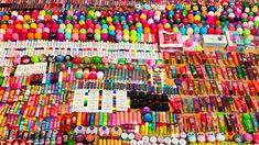 Chapstick Lip Balm, Eos Lip Balm, Lip Balms, Beauty Hacks Lips, Natural Lip Balm, Lip Care, World Records, Makeup Organization, Makeup Collection