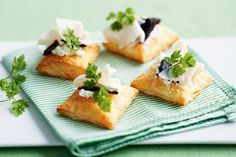 Goats cheese and turkey puffs with quince paste