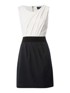 They have it in coral or navy skirt...adorable!