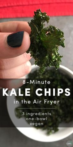The best Vegan Air Fryer Recipes. Dairy-free, gluten-free, keto, low-carb or paleo vegan. Crunchy, healthy air-fried dishes that you and your guests will love Air Fryer Steak, Air Fryer Pork Chops, Air Fry Recipes, Healthy Recipes, Healthy Meals, Air Fryer Recipes Kale Chips, Oiless Fryer Recipes, Air Fryer Chips, Easy Recipes