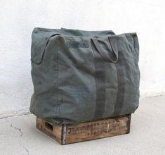 '80s Grey Canvas Military Duffel Bag