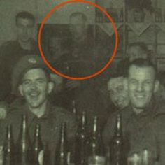 Looking for real ghosts videos and photos? Here is a collection of popular ghost pictures and ghost videos. You can also share your own photos, videos and comments. Join the Unexplained Mysteries :: Real Ghosts forum! Real Ghost Pictures, Ghost Images, Ghost Photos, Creepy Photos, Paranormal Pictures, Spirit Ghost, Holy Spirit, Ghost Sightings, Ghost Hauntings