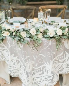 Vintage greenery and white roses wedding table decor wedding tables cloths 2019 Wedding Trends: What's Hot for 2019 Table Decoration Wedding, White Wedding Decorations, Wedding Table Linens, Vintage Weddings Decorations, Rustic Wedding Tables, Head Table Wedding, White Roses Wedding, Rose Wedding, Wedding Flowers
