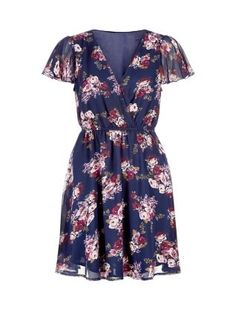 Floral Dress / Lydia Martin Style Guide