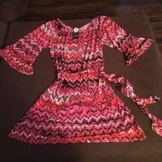 NWT Retro Dress MSK NWT Retro Dress. Knee length with 3/4 ruffled sleeves Dresses Midi