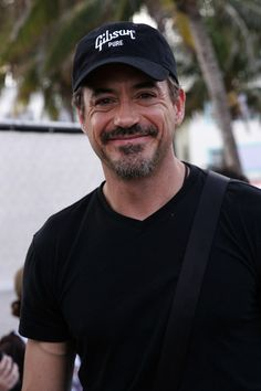Okay so did any of you know that RDJ is actually a super good singer?