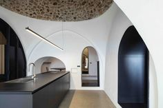 Gallery of Modern Cave / Pitsou Kedem Architects - 24